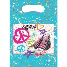 Slikposer-Peace-Love-Sneakers